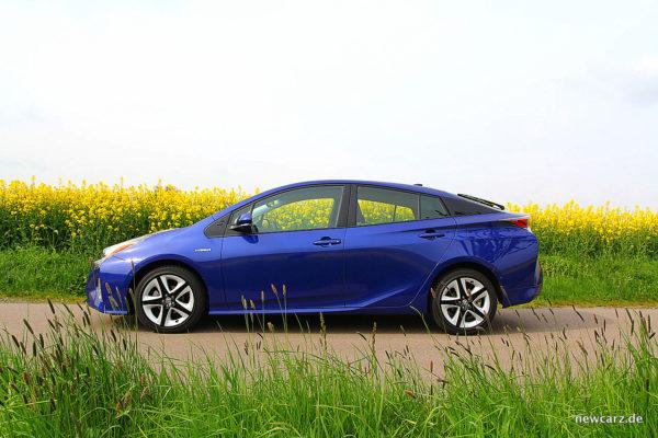 Toyota Prius IV Seite