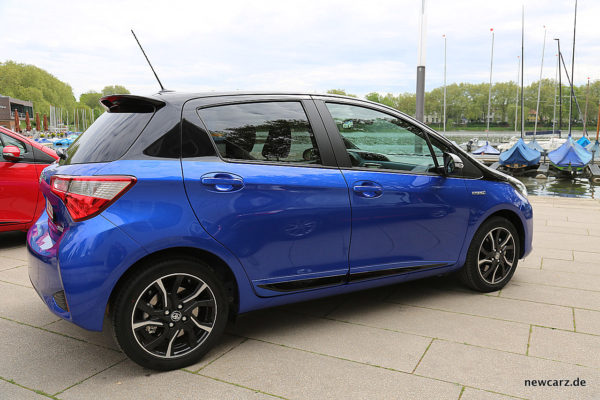 Toyota Yaris 2017 Seite