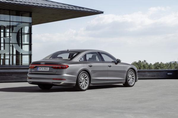 Audi A8 L Heck