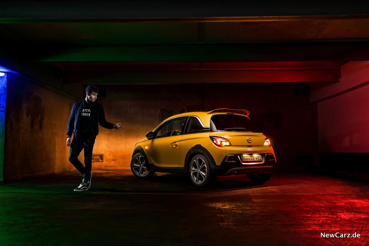 Opel Adam Rocks S orange