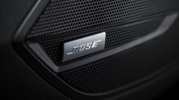 Opel Insignia Country Tourer Bose Soundsystem