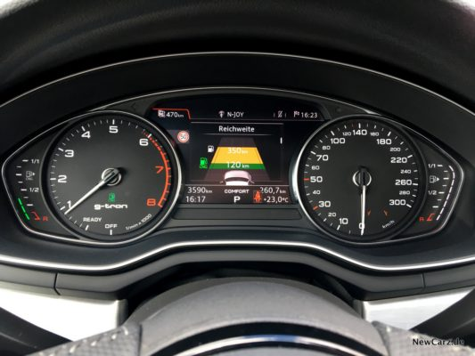 Audi A4 Avant g-tron Display
