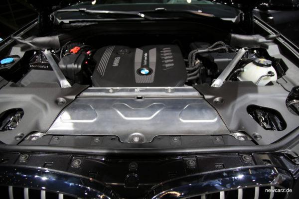 BMW X3 Motorraum