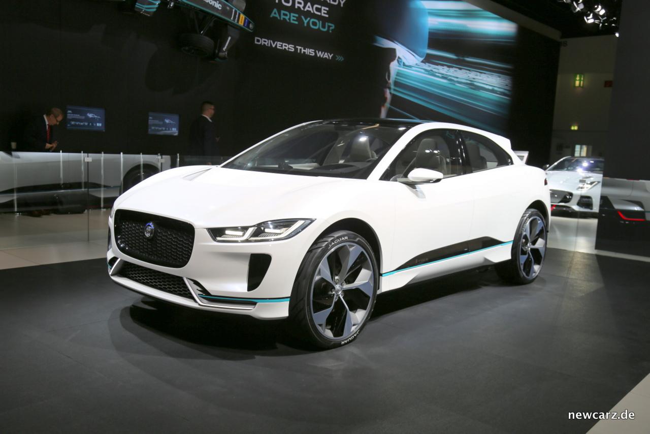 Jaguar i pace concept sportliche raubkatze mit for Skoda frankfurter ring