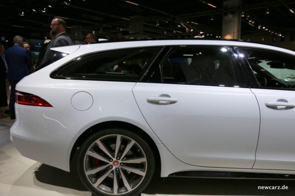 Jaguar XF Sportbrake Seitenlinie