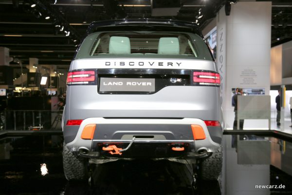 Land Rover Discovery SVX Heck Studie