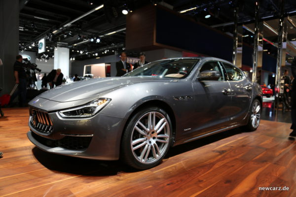 Maserati Ghibli 2018 schräg vorn
