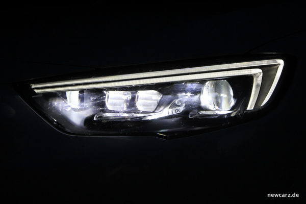 Opel Insignia Active LED Matrix