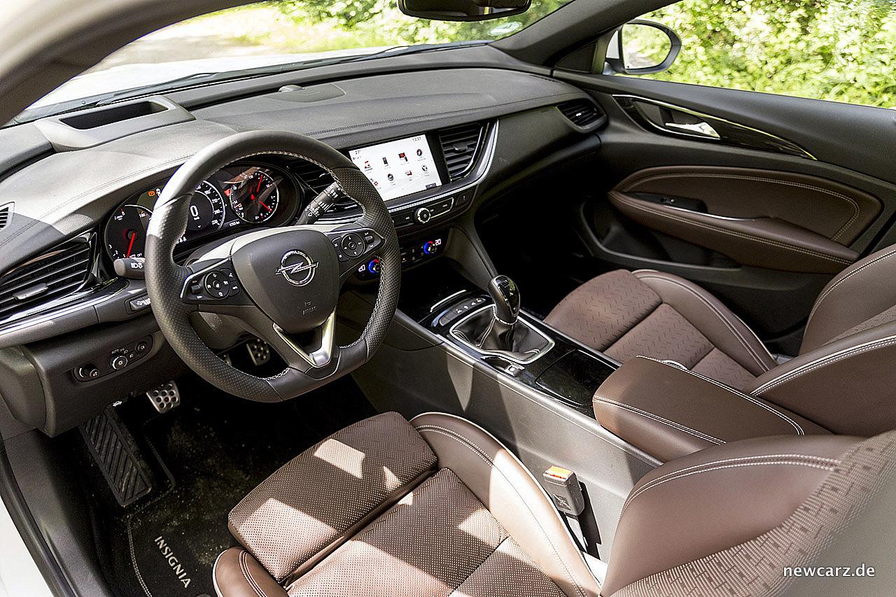 Opel Insignia – mit voller Kraft auf Kurs - NewCarz.de