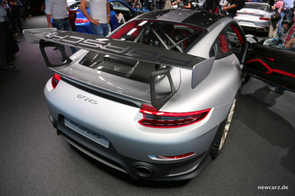Porsche 911 GT2 RS Heck