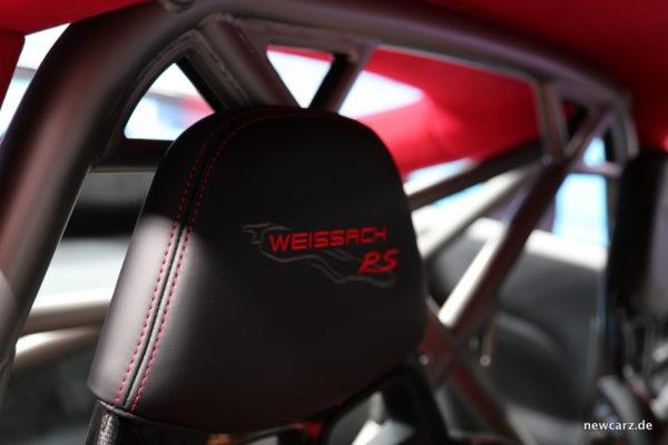 Porsche 911 GT2 RS Weissach Paket