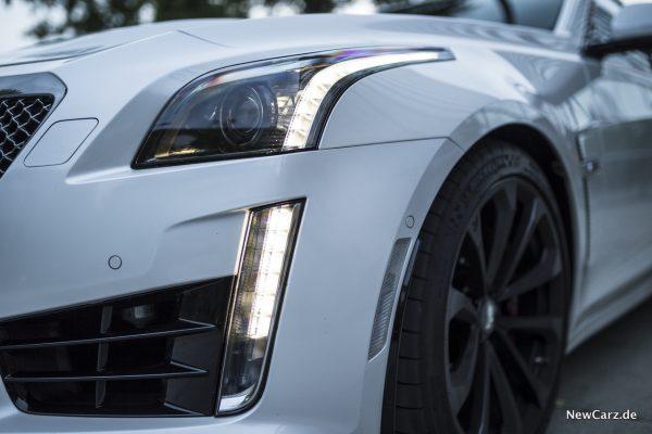 Cadillac CTS-V Scheinwerfer