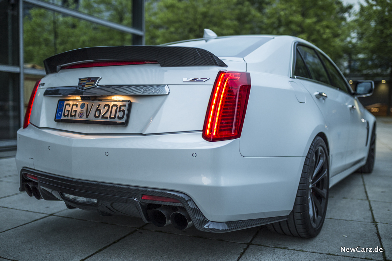 cadillac cts-v - from hell - newcarz.de