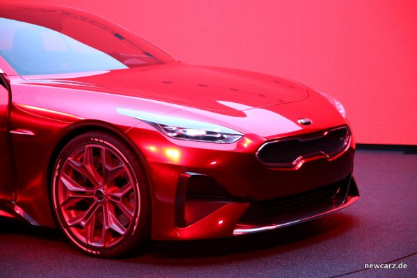 Kia PROCEED Concept Front