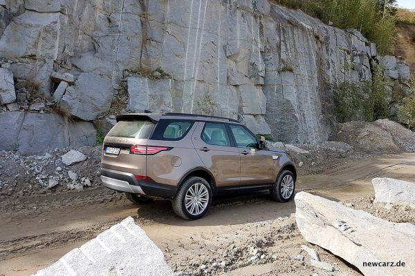 Land Rover Discovery 5 Gelände