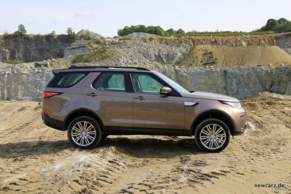 Land Rover Discovery 5 Seitenansicht