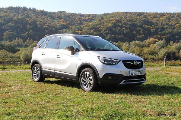 Opel Crossland X vorn schräg