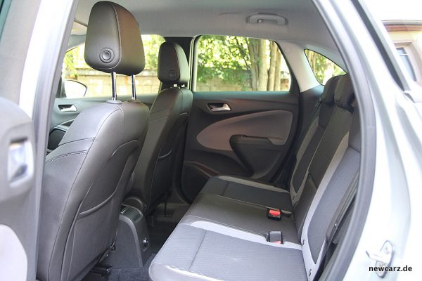 Opel Crossland X Interieur hinten