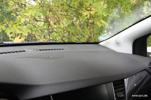Opel Crossland X Armaturenträgeroberfläche