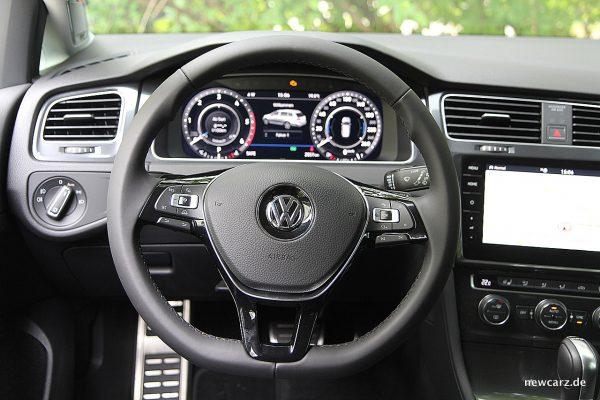 VW Golf Alltrack Variant Lenkrad