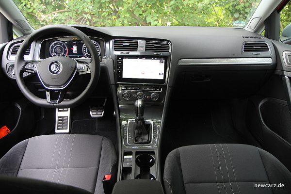 VW Golf Alltrack Variant Armaturenbereich