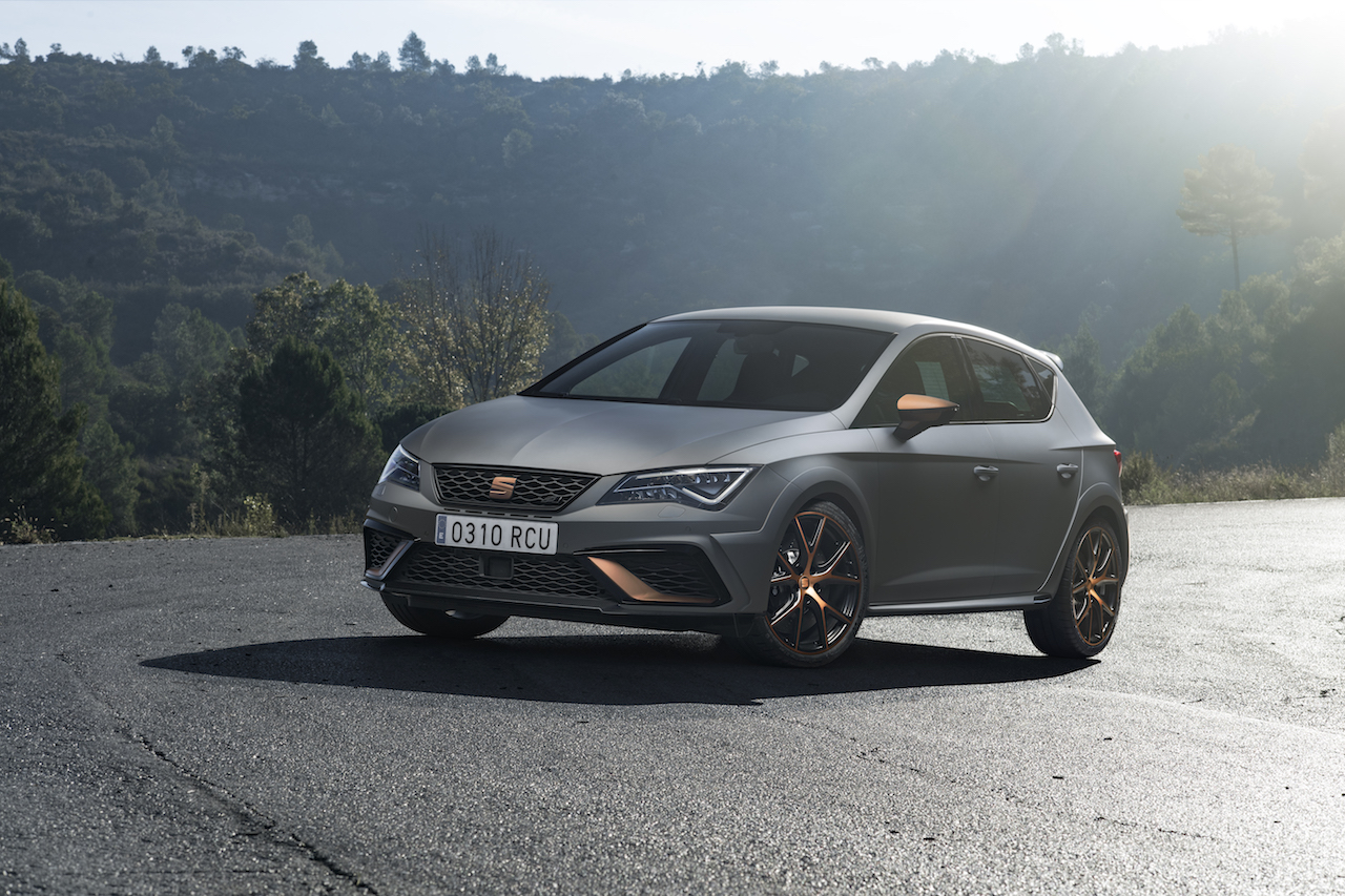 seat leon cupra r leistungsrekord newcarz. Black Bedroom Furniture Sets. Home Design Ideas