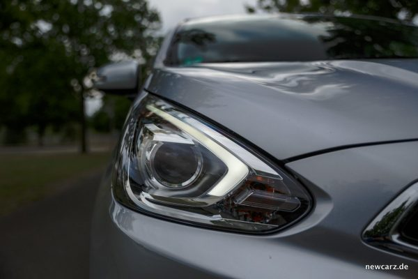 Mitsubishi Space Star Licht