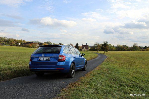 Skoda Octavia Combi Facelift schräg hinten rechts