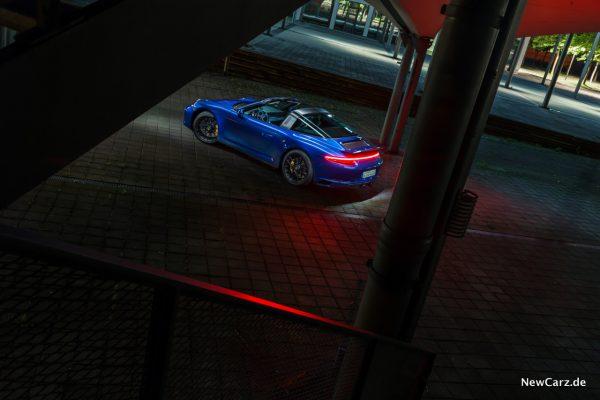 Porsche 911 Targa 4 GTS Seite
