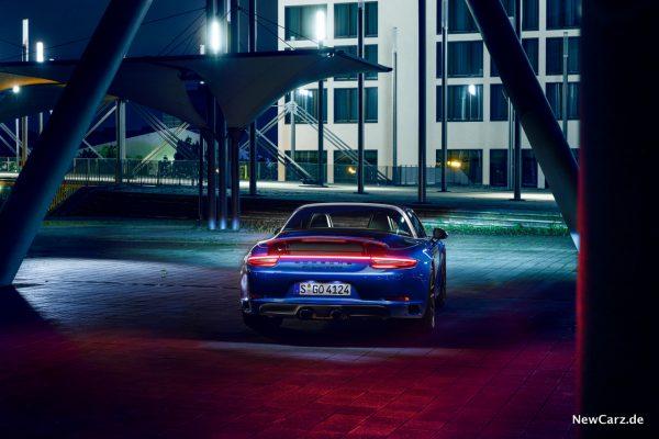 Porsche 911 Targa 4 GTS Heck
