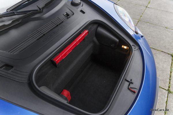 Porsche 911 Targa 4 GTS Kofferraum