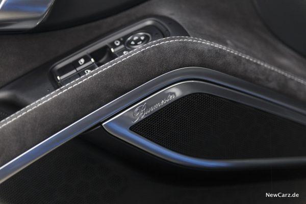 Porsche 911 Targa 4 GTS Burmester Soundsystem