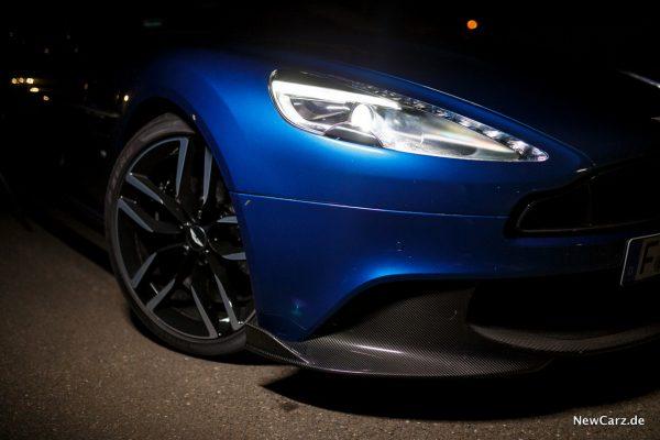 Aston Martin Vanquish S Volante Ming Blue
