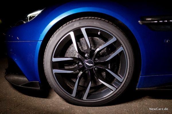 Aston Martin Vanquish S Volante Bremsen