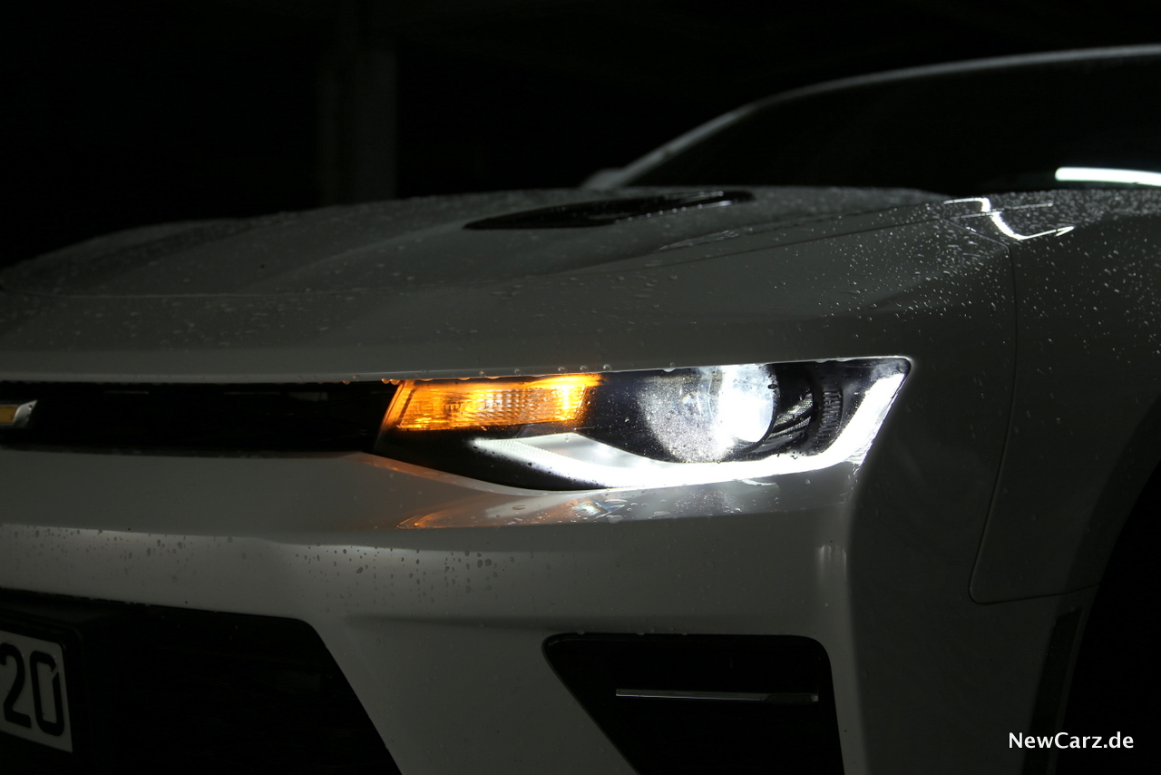 Chevrolet Camaro Cabrio Licht Bi-Xenon