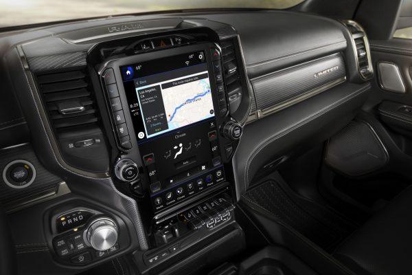 Dodge Ram 1500 Modell 2019 Interieur