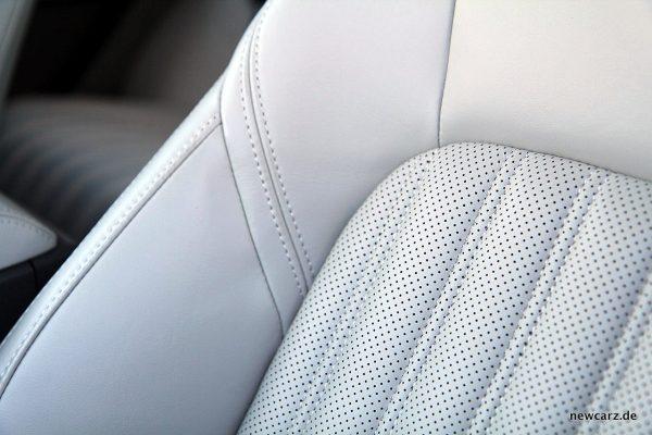 Jaguar F-Pace Sitzbezug