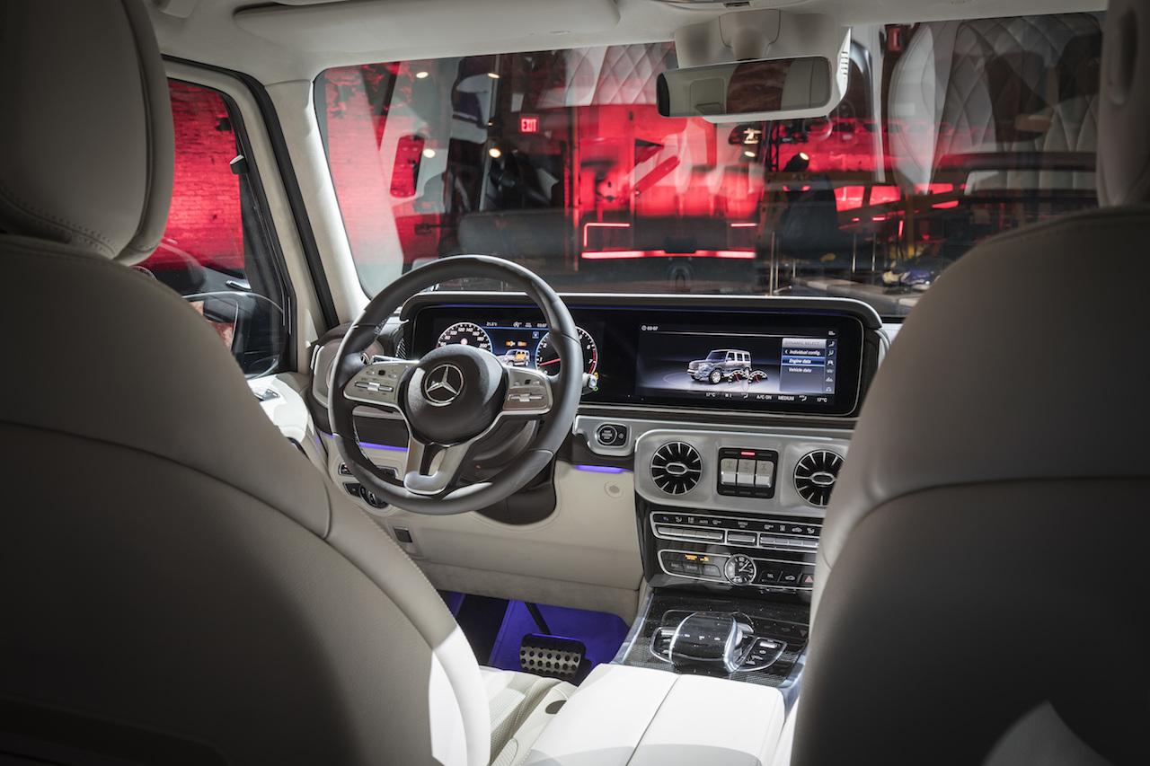 Mercedes benz g klasse tradition und hightech newcarz for Interieur neue a klasse