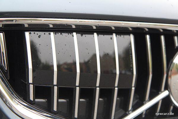 Volvo V40 Facelift Frontgrill