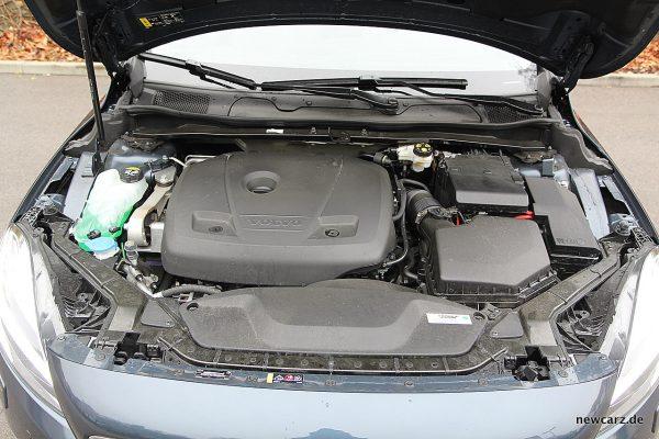 Volvo V40 Facelift Motorraum