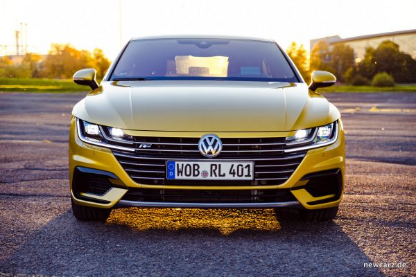 VW Arteon 4Motion Front