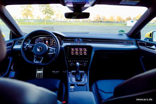 VW Arteon 4Motion Armaturenbereich