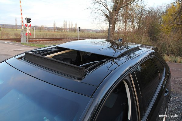 Ford Edge Panoramadach offen