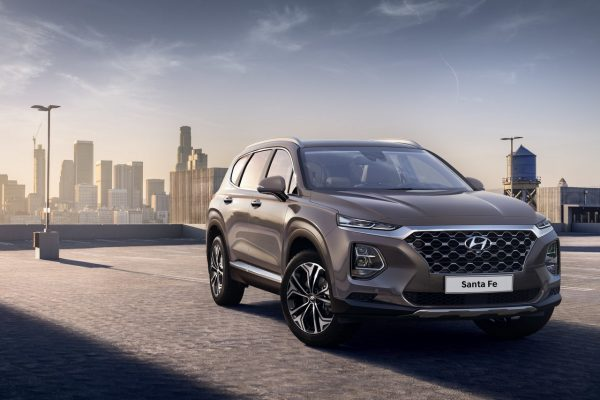 Hyundai Santa Fe 2018 schräg vorn