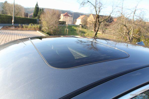 Infiniti Q50S Hybrid Glasdach