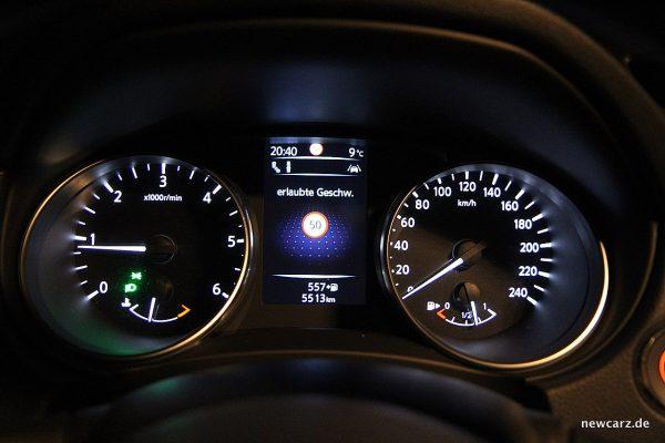 Nissan Qashqai Tachoeinheit