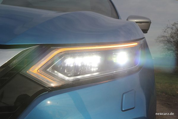 Nissan Qashqai Voll-LED-Scheinwerfer