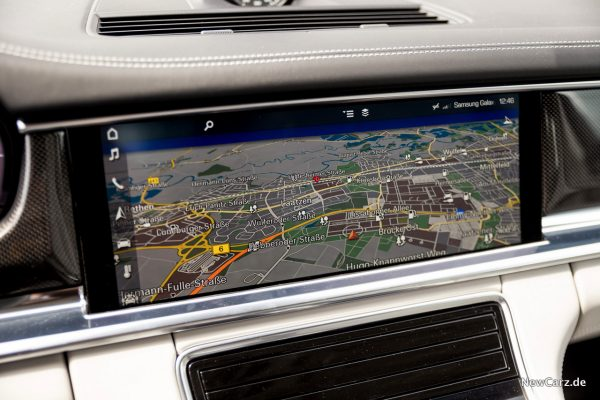 Porsche Panamera Turbo Navigationssystem