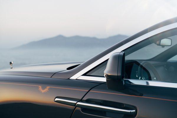 Rolls Royce Wraith Luminary Collection Coachline