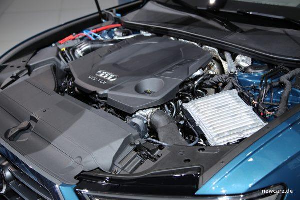 Audi A6 Motorraum